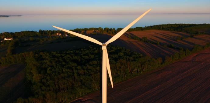 Droni: Turbine Eoliche